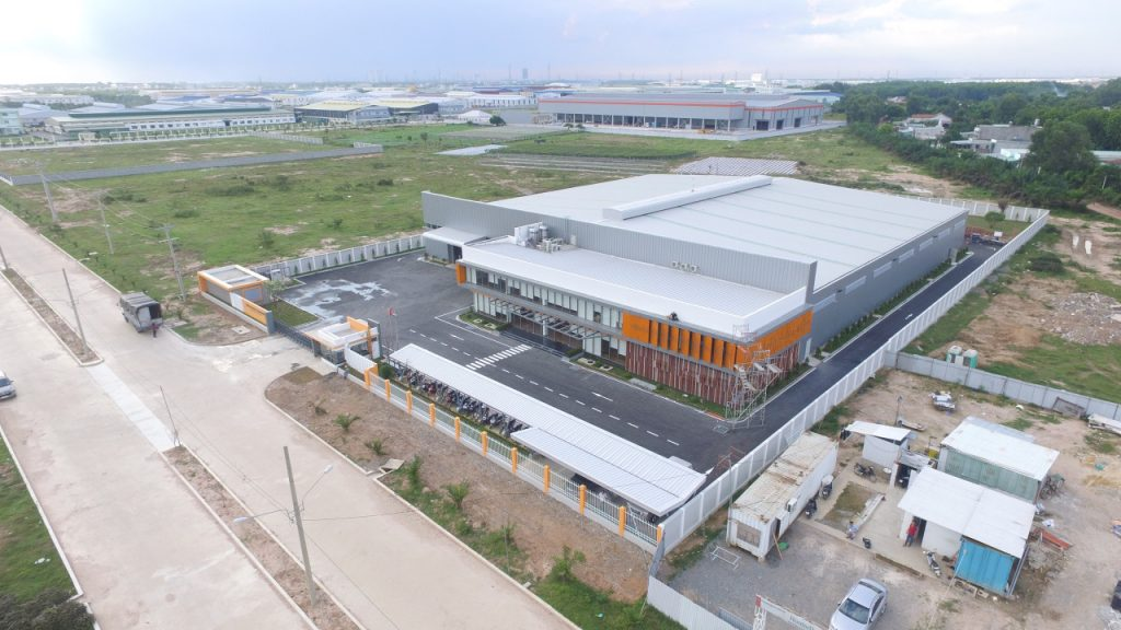 Design and construction of HUNTER DOUGLAS factory.